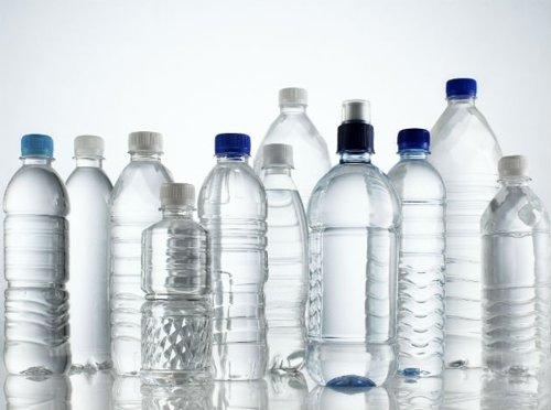 Việc sản xuất chai nhựa PET được diễn ra như nào?